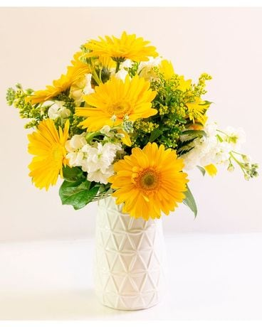 Sunshine Gerber Daisy Bouquet Flower Arrangement