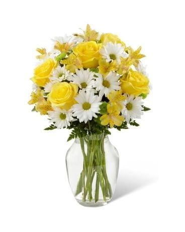 sunny sentiments Flower Arrangement