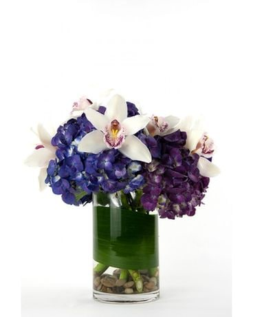 Amore Pazzo Flower Arrangement