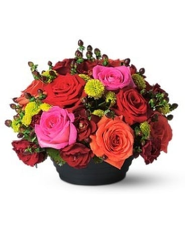 Bright Rose Centerpiece Flower Arrangement