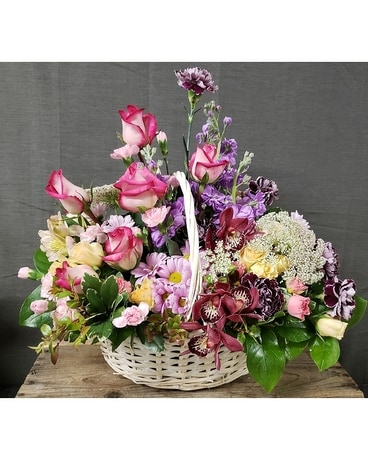 TCL's Morning Sweetness Basket Flower Arrangement