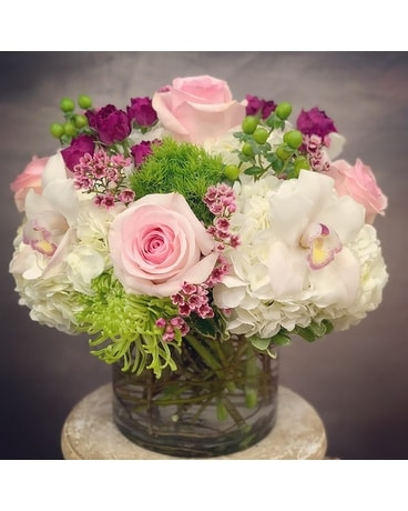 Pink Lovers Flower Arrangement