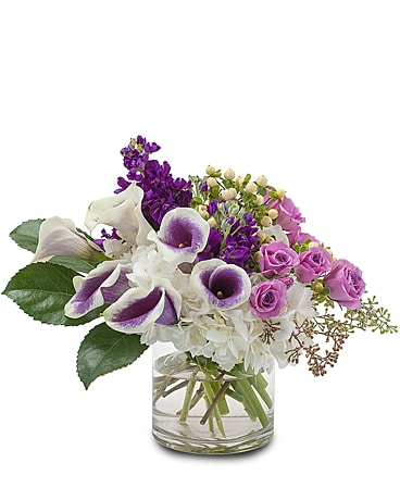 Manhattan Romance Flower Arrangement