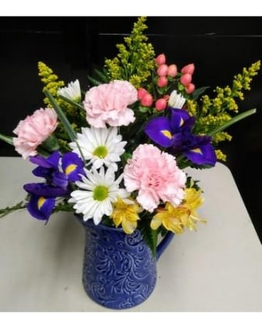 BOUNTIFUL GARDEN Flower Arrangement