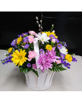 Spring basket of Daisies Flower Arrangement