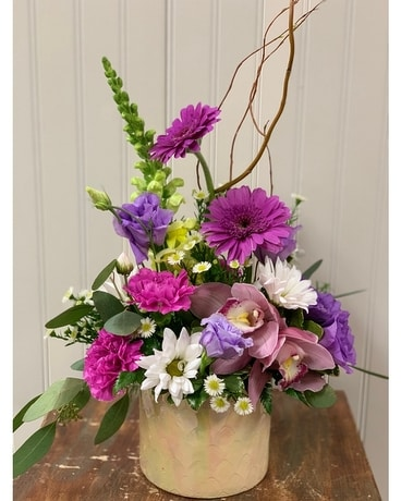 SHIMMERING LOVE Flower Arrangement