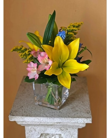 Colors of Spring Flower Arrangement
