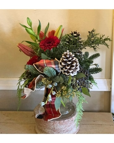 Cottage Christmas Flower Arrangement