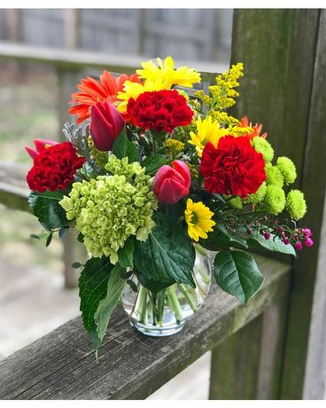 Smiles and Sunshine Flower Arrangement