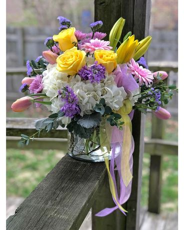 Sweet Delight Flower Arrangement