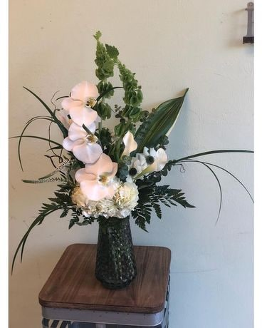 White Angel Flower Arrangement