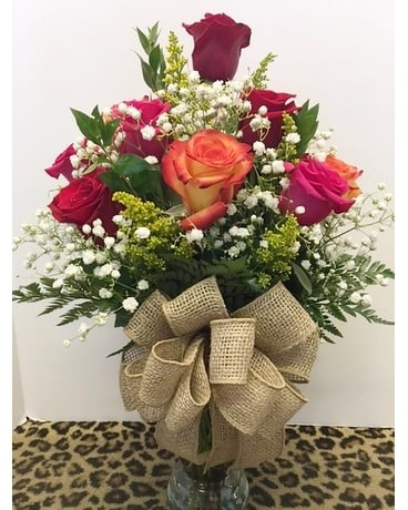 1 Dozen Mixed Roses Flower Arrangement