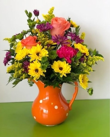 Polka dots for Mom Flower Arrangement