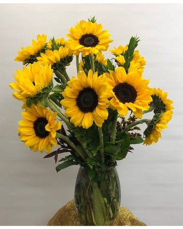 Spectacular Sunflowers Flower Arrangement