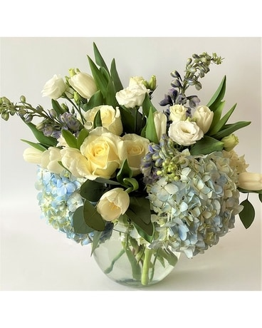 Seaside Breeze Flower Arrangement