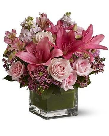 Cube Vase Flower Designs Delivery Etobicoke On Vanderfleet Flowers
