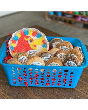 Deluxe KU Iced Cookie Basket