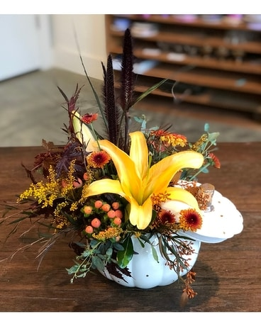 Fall Elegance Flower Arrangement