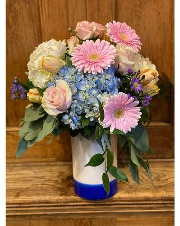 Coastal Cottage Flower Arrangement