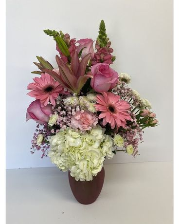 Pretty in pink by RFS Flower Arrangement