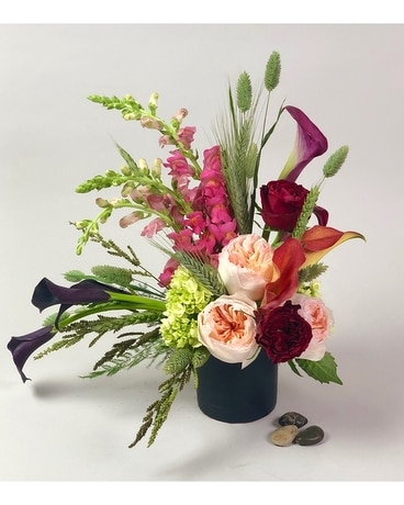 Midnight Rendezvous Flower Arrangement