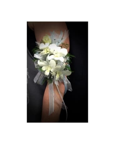 AC-1 Orchid Arm Corsage Corsage
