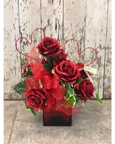 Red Rose Cube Artificial Arrangement Flower Arrangement