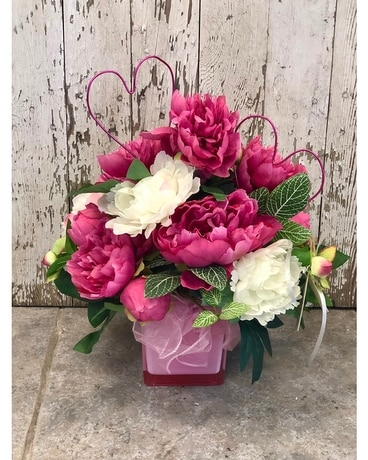 True Love Artificial Arrangement Flower Arrangement