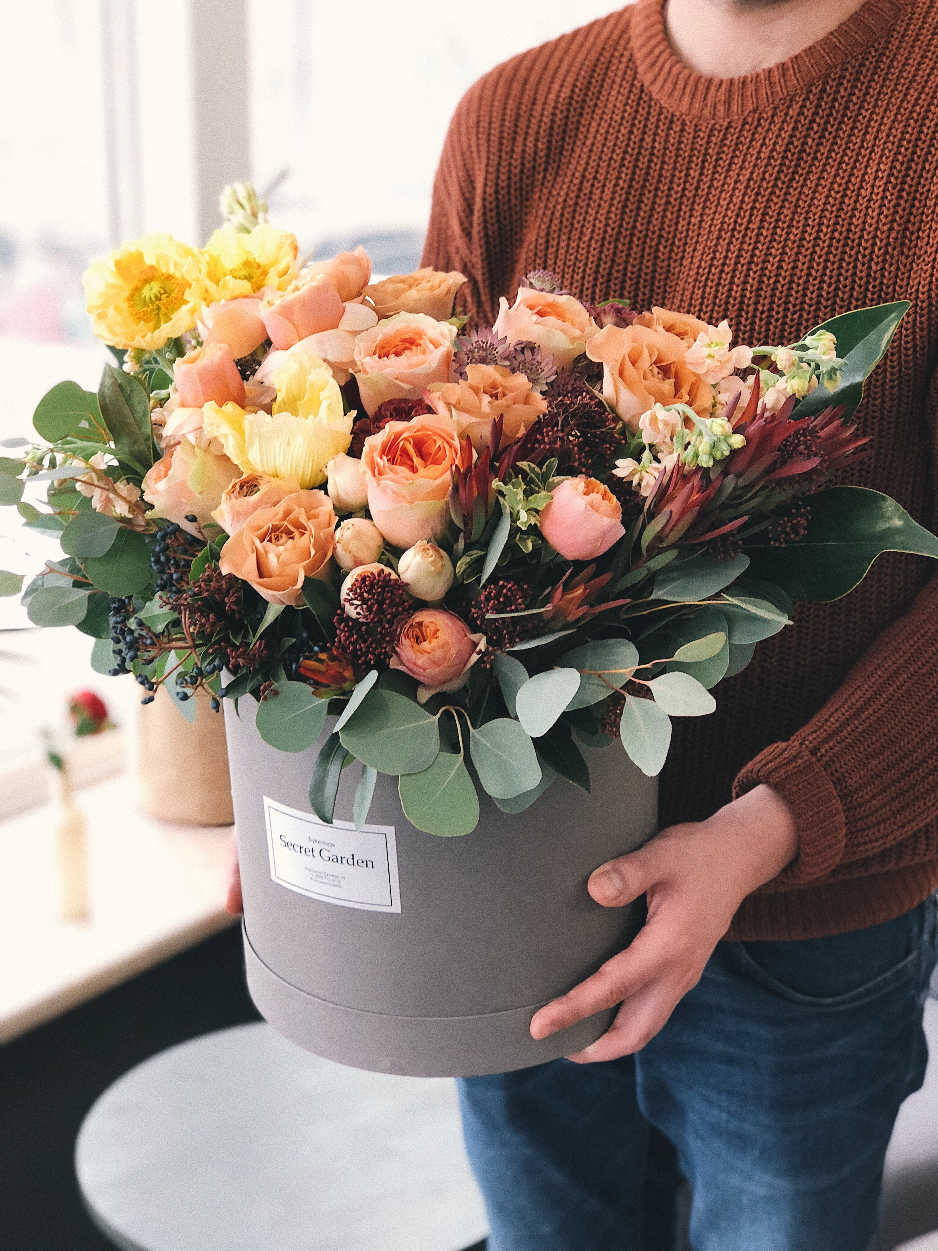 About bellevue crossroads florist bellevue wa florist we are happy to assist you with your out of town or out of the country flower deliveries izmirmasajfo