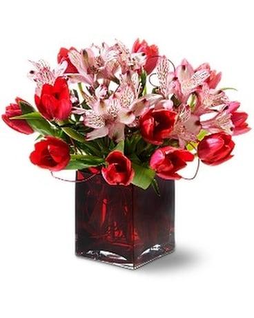 Teleflora's Modern Romance Flower Arrangement ...