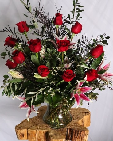 Presidential Rose Arrangement