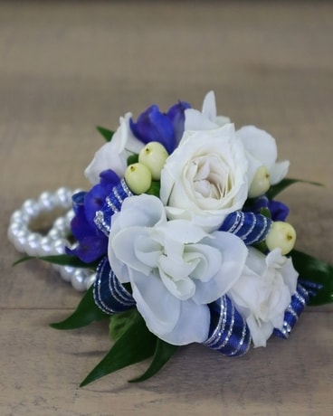 Blue Belle Flower Arrangement