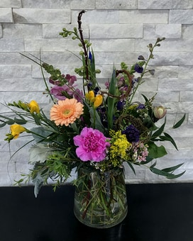 Spring Breezes Flower Arrangement