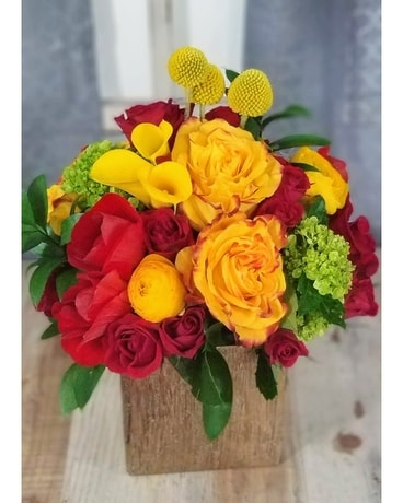 Golden Summer Flower Arrangement