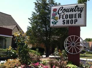 Country Flower Shop in Cudahy - signage