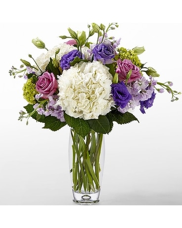 The FTD® Traditions™ Bouquet by Vera Wang - VASE I Flower Arrangement