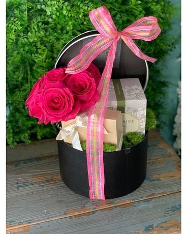 Blooms in Candlelight Luxury Gift Box Flower Arrangement