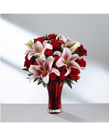 The FTD Perfect Impressions Bouquet Flower Arrangement