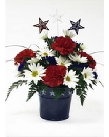 Red white and bloom in perrysburg oh kens flower shops red white and bloom flower arrangement mightylinksfo
