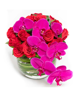 No Ordinary Love Flower Arrangement