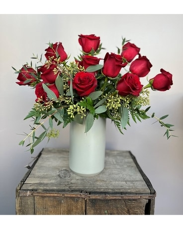 Modern Romace Flower Arrangement