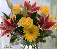 Birthday Flower Arrangements Delivered in Brownsburg, Indiana