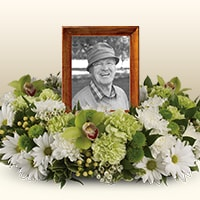Sympathy flowers PHOTO & URN TRIBUTES