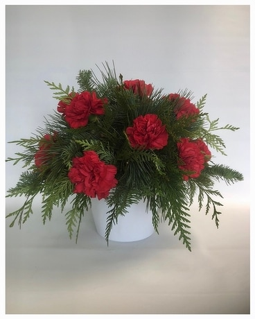 Christmas Classic -Red Flower Arrangement
