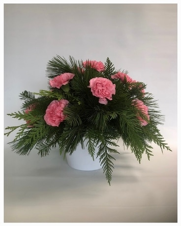 Christmas Classic - Pink Flower Arrangement