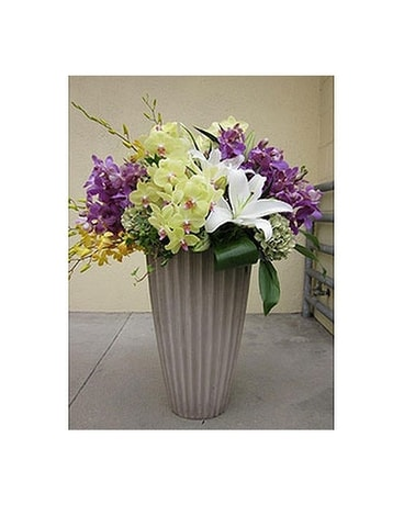 AFS-108 Flower Arrangement