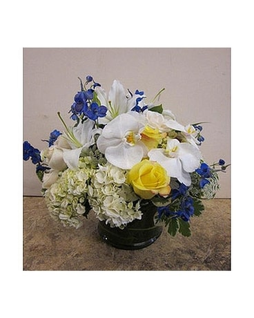 AFS-107 Flower Arrangement