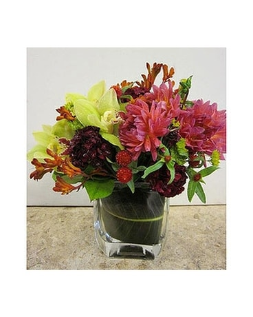 AFS-106 Flower Arrangement