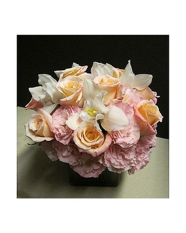 Signature Arrangement Flower Arrangement