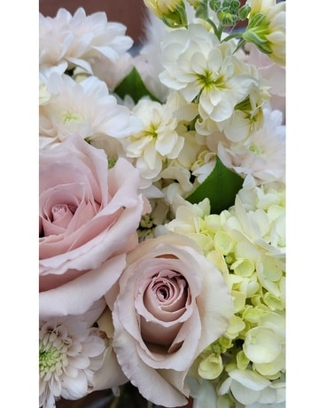 Soft and Subtle Blooms Designer's Choice Flower Arrangement